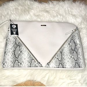 New snakeskin laptop case zippered sides